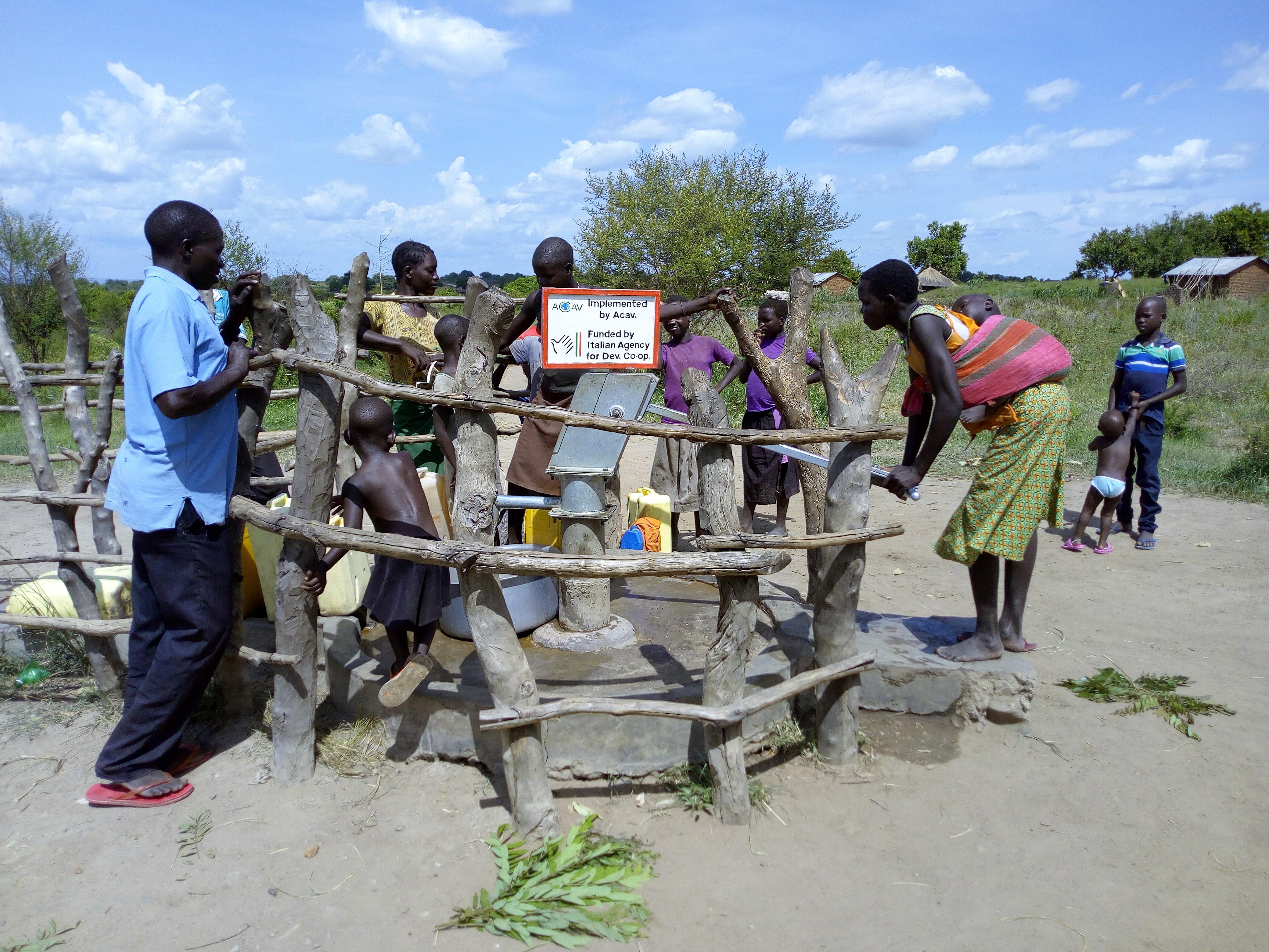 RISE : Risposta Integrata in Supporto all'Emergenza profughi e comunità locali a Rhino Camp