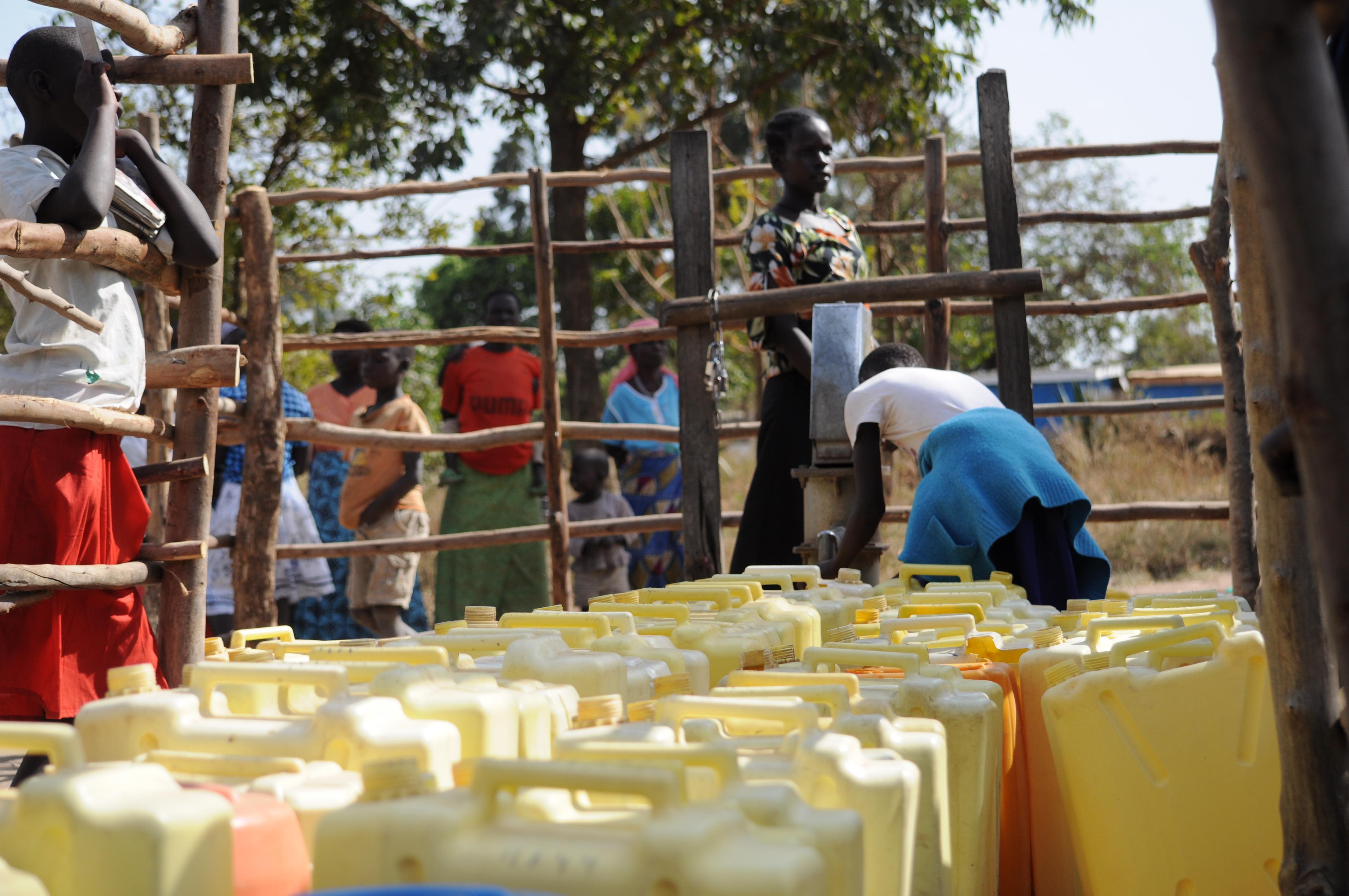 Accesso all'acqua: une rete per rifugiati e comunità ospitanti